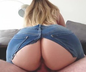 Big Booty In Jeans Porn